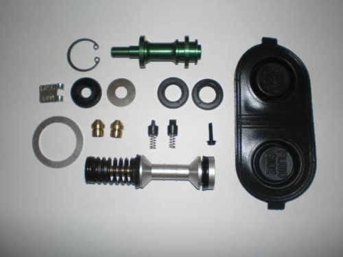 master-cylinder-kit2